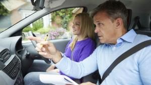 autoescuelas-espana-sin-examinadores-conducir