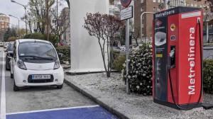 instalada-primera-metrolinera-recarga-coche-electrico-madrid